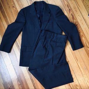 Mens Navy Blue suit 41R